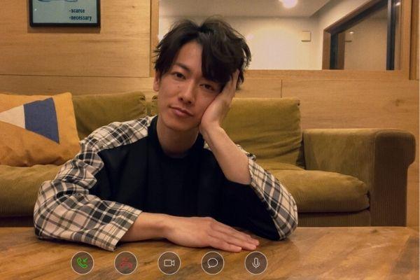 佐藤健の部屋のソファーはコレ!